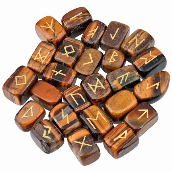 runes divinatoires