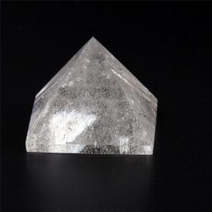 pyramide de cristal de roche