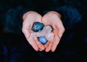 pierre porte bonheur verseau